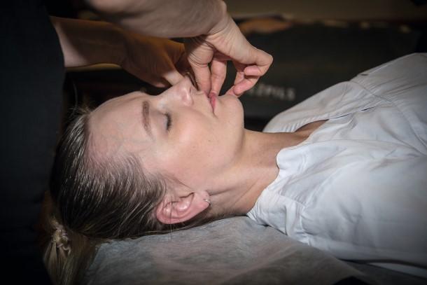 hiroplast_massage5