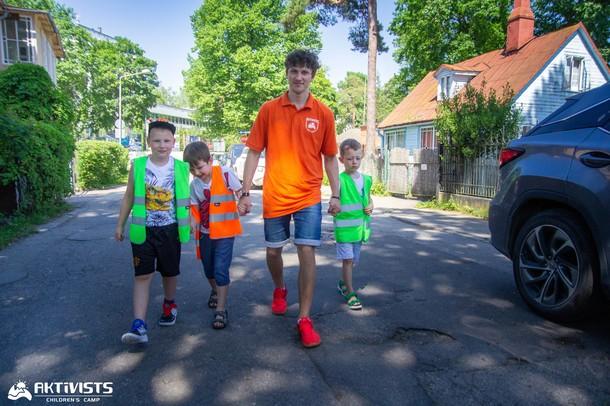 Aktivist_wkolav35