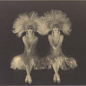 Zelta-divdesmitie_The-Dolly-Sisters